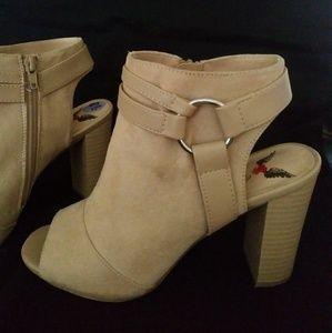 Shoes - Peep Toe boots